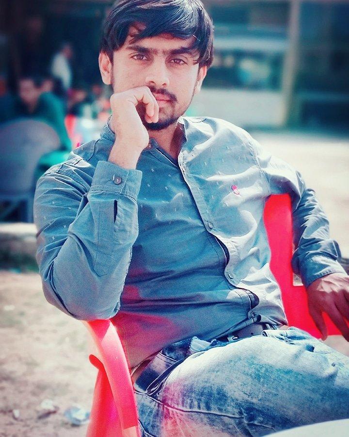 #syedqasimrazabukhari #qasimraza #qasim #pics #smile #hate #snake #love #face #losser #innocent #smile #fasion #tags #punjabimusic #punjabisinger  #bathinda #mirror #selfie #handsome #handsomeboy #stylishpic #boysngirls #ahemdabad  #jattwaad #pindawalejatt #kaim #gabru