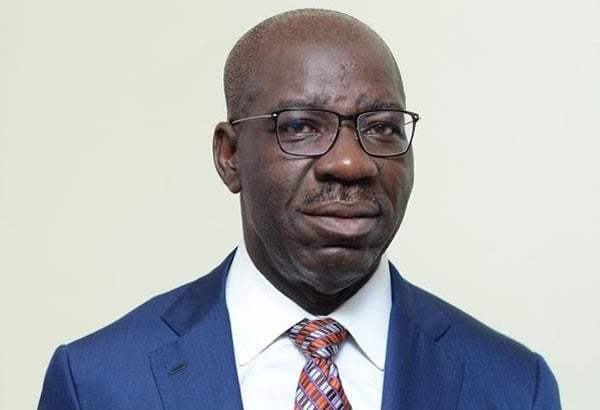 Edo APC suspends Obaseki's aide for allegedly engaging in thuggery, hooliganism https://dailytimes.ng/2020/02/27/edo-apc-suspends-obasekis-aide-for-allegedly-engaging-in-thuggery-hooliganism/ …pic.twitter.com/GtHSBEoHpo