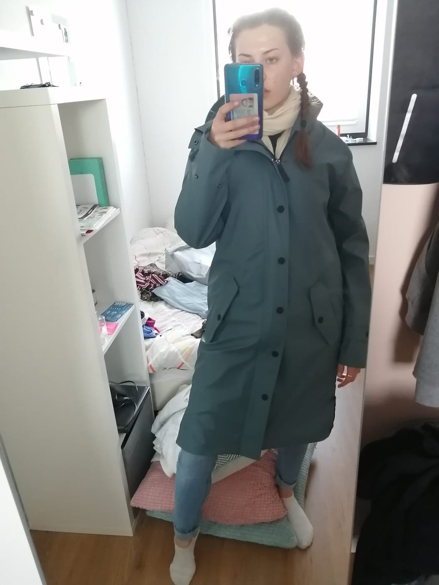 @fifross Hi FiHave a great day Here is a pic of my Daughter's new raincoat. She is going on a bus tour. She travels to Brussels, they have rest breaks in Mannheim and Stuggart, and then she will go Vaduz, Lichtenstein and Innsbruck in Austria for a more comprehensive tourpic.twitter.com/3MxbQJZCOI