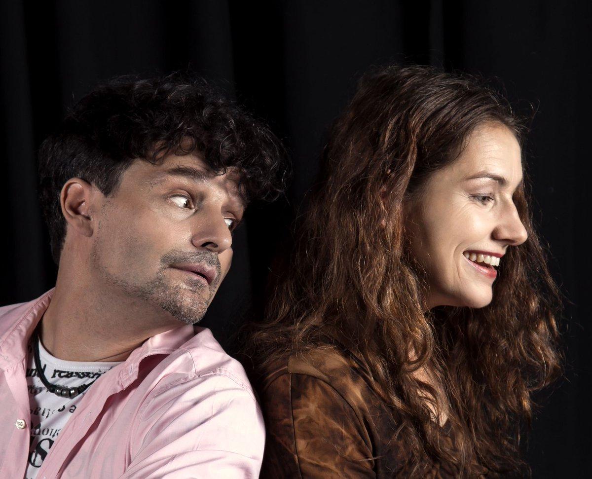 Heute Abend spielen wir im Forum in Mannheim auf der Open Stage zwei neue Standup-Comedy-Nummern- Freuen uns schon aufs Großstadtpublikum ! pic.twitter.com/KXZpNobQgr