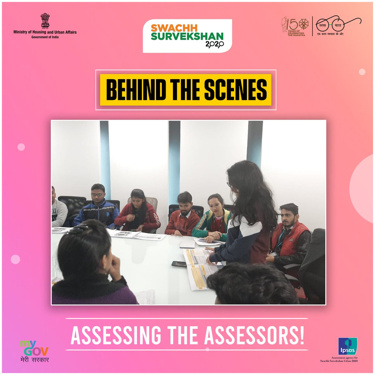 Take a peak #BehindTheScenes of #SwachhSurvekshan2020.  We made sure that our assessors were all set to assess your cities!  #SwachhBharat #BTS https://t.co/eEI3BnafgG