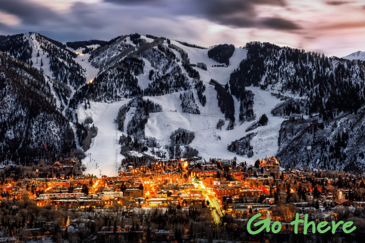 Despite the cold right now, #Colorado is one of the sunniest states in USA so #GoThere and expect stunning clear blue skies and cosy nights ☀️🇺🇸