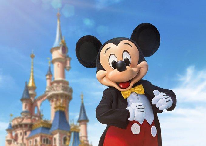 ✨ Promo #Disneyland #Paris : jusqu'à 35% de réduction sur le #séjour avec #enfant #gratuit sur   #Disney #Parc #Attraction #Vacances #Famille #Enfant #Promo #Marvel #StarWars #Magie #Festival  #Cadeau #reinedesneiges2