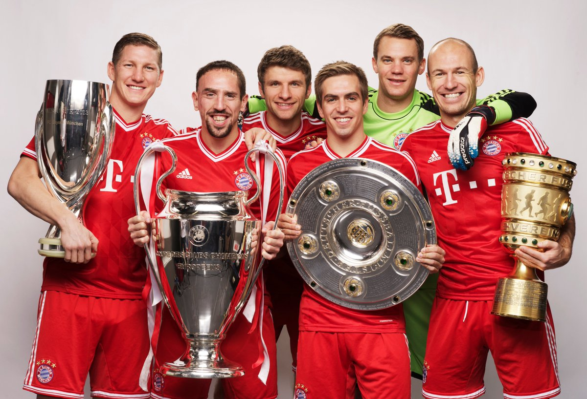The class of 2013 🥰Who comes first to your mind when you think of @FCBayern?#UCL @FCBayernEN #FCBayern120 https://twitter.com/ChampionsLeague/status/1232990629501849600…