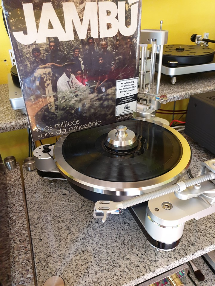 Jambú e Os Míticos Sons Da Amazônia (Analog Africa, 2020). Stunning release from Analog Africa. Comes with a 44-page booklet. #vinyloftheday @analogafricapic.twitter.com/cA5UAPjf0h