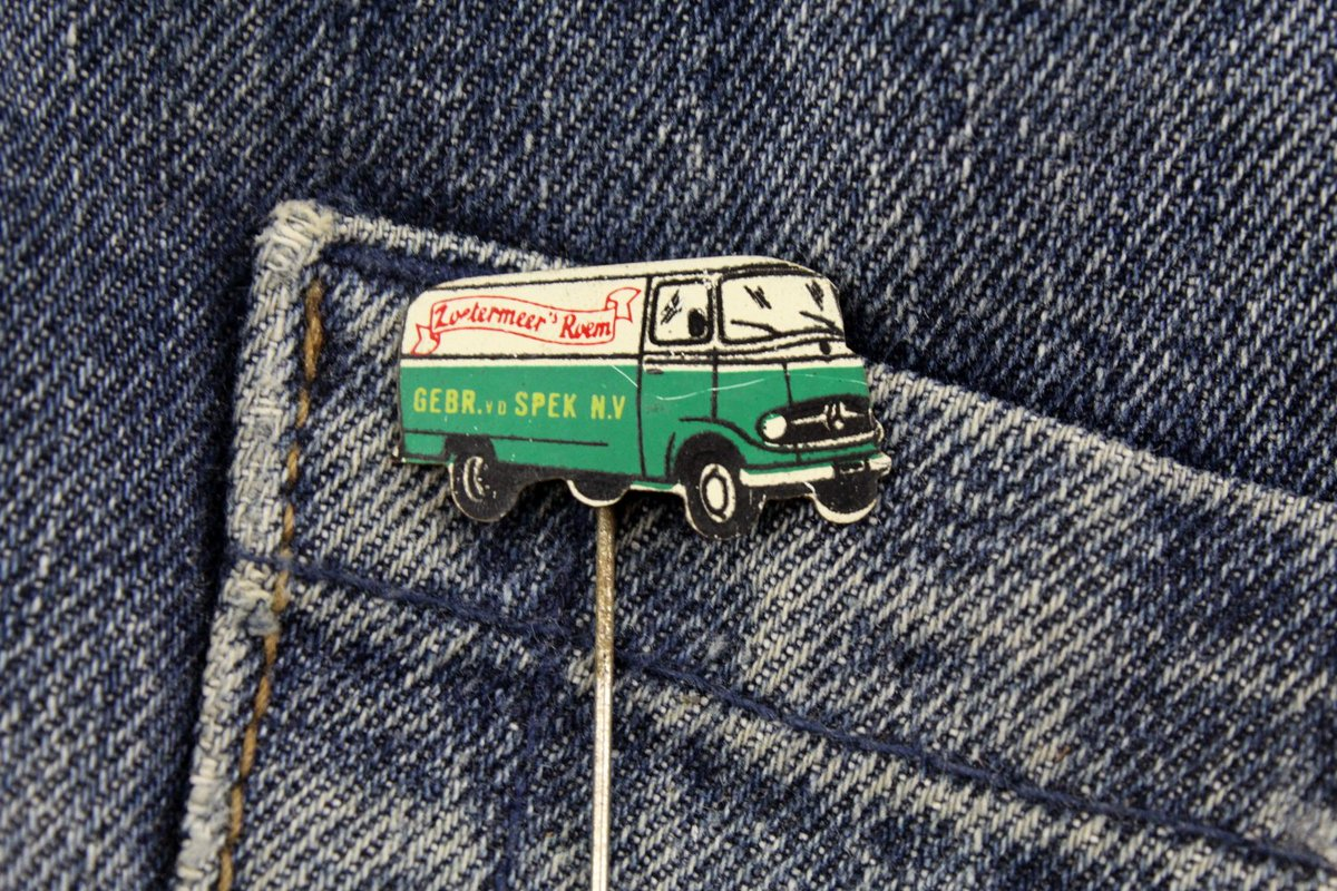 PIMP with PINS Lapel Pins - VINTAGE - Coat Hooks - Patches - Enamel Pin - Brooch - 50s 60s 70s 80s 90s Jewelry - Buttons - https://etsy.me/2NJ4ade viapic.twitter.com/leGd3seTeK