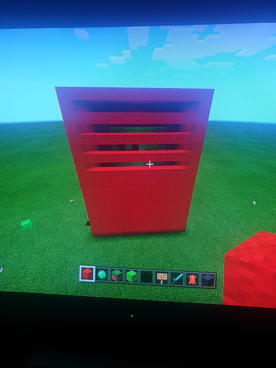 Hi this is frosts locker inside and out -Dallas pic.twitter.com/IXc4MYvPU4