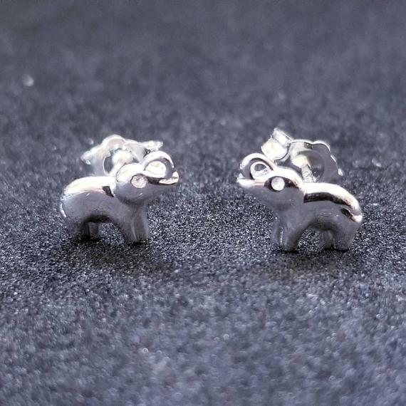 In the minouette shop: New 14K White Gold on 925 Sterling Silver Small Cute Elephant Earrings by RoyalDazzy at https://ift.tt/2qM7U7kpic.twitter.com/R7mZZEv9Mg