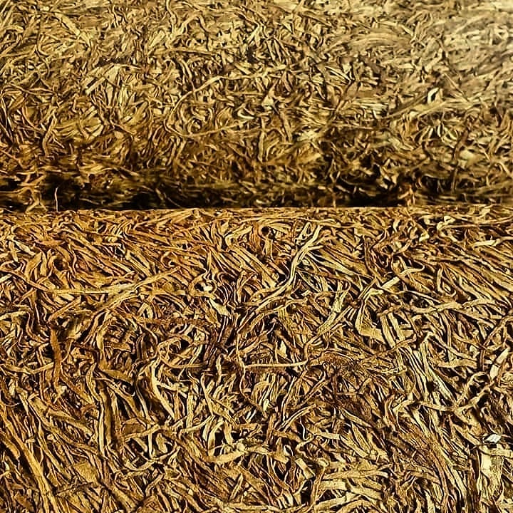 Tembakau dr Indonesia Tengah ini byk dicari pabrik rokok. Bau tembakau & asapnya pun harum. Rasanya soft. Ingin lebih nendang? Kasih campuran Tembakau Jawa!! 👆👍👌👆 Bgmn komposisinya ??! 🤔 Jawa bagian mana ??! 🤔🤔  💗💗💗 https://t.co/Kx6HYfobVM 100% Tembakau Murni Nusantara https://t.co/h0xmatX6mZ