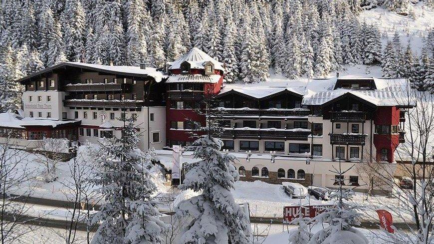 #Bergbahnen direkt in der #Nähe   5 Nächte im 4* Ferienhotel Pass Thurn in Jochberg in Tirol/Kitzbühel, Österreich, inkl. Halbpension und Skipass, schon ab 549,-€ p.P.  https://www.skipass24.com/ZoT  #urlaub #kitzbühel #österreich #skifahren #skipass24pic.twitter.com/KBllawmtpl