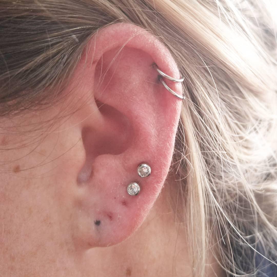 #earpiercing #pierce #liverpoolpiercingstudio #fullbodypiercing #bodypiercing #piercingcourses #earings #jewellery #piercingart #pierced #bodybeautiful #daithpiercing  #piercingsofinstagram #piercingshop #conchpiercing #tattoosandpiercings #earpiercings #lippiercings #piercingspic.twitter.com/1lUhFlkk6I