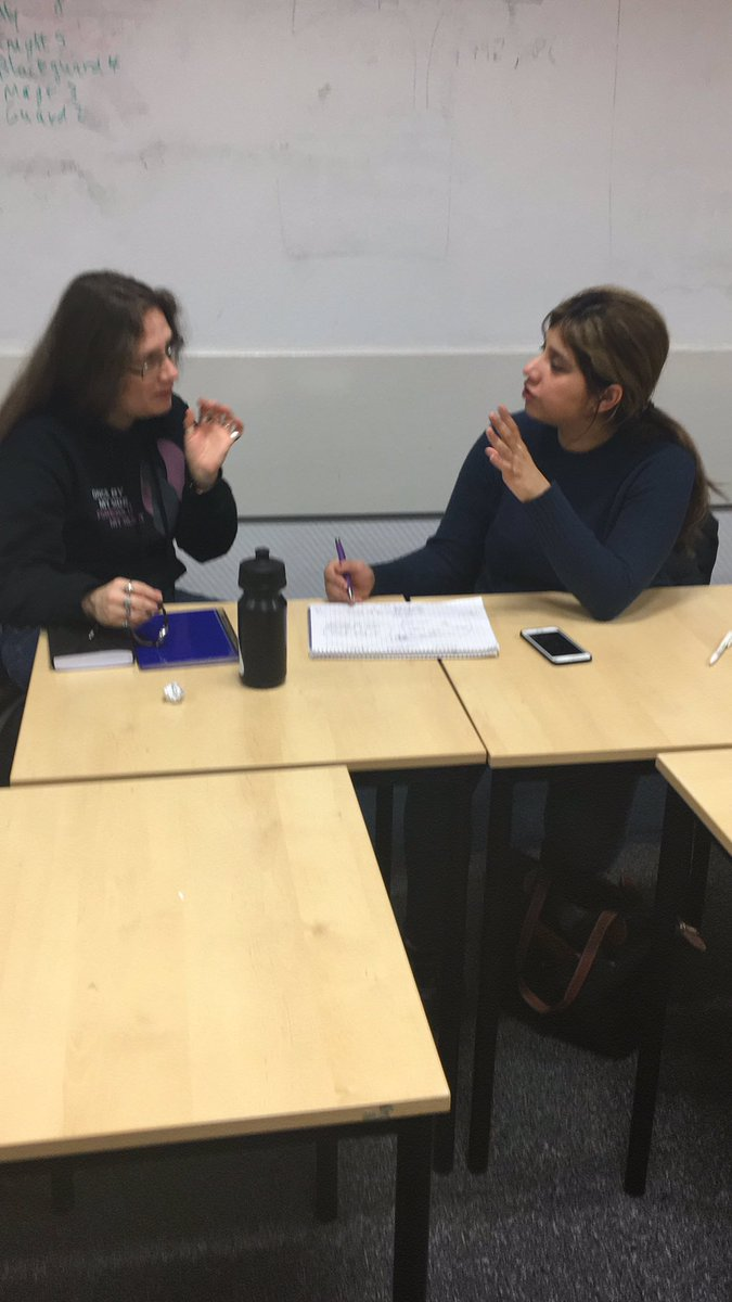 Trying out advanced interview practice techniques @UniWestScotland this morning-and we are noticing  that visual techniques can really encourage collaboration @skillsdevscotpic.twitter.com/yfJkQzJvzp