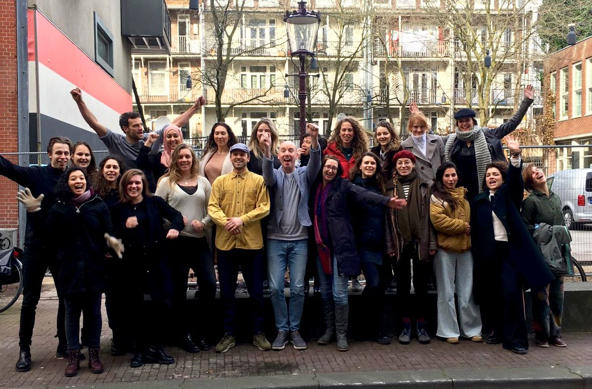Last week, @Starters4C started their new social #entrpreneurship programme where a new group of aspiring #changemakers are building meaningful careers! Read all about their aspirations and if you've an idea check out their programme:  https:// buff.ly/2Vn9kT3     [DUTCH]<br>http://pic.twitter.com/wvTFoja3qa