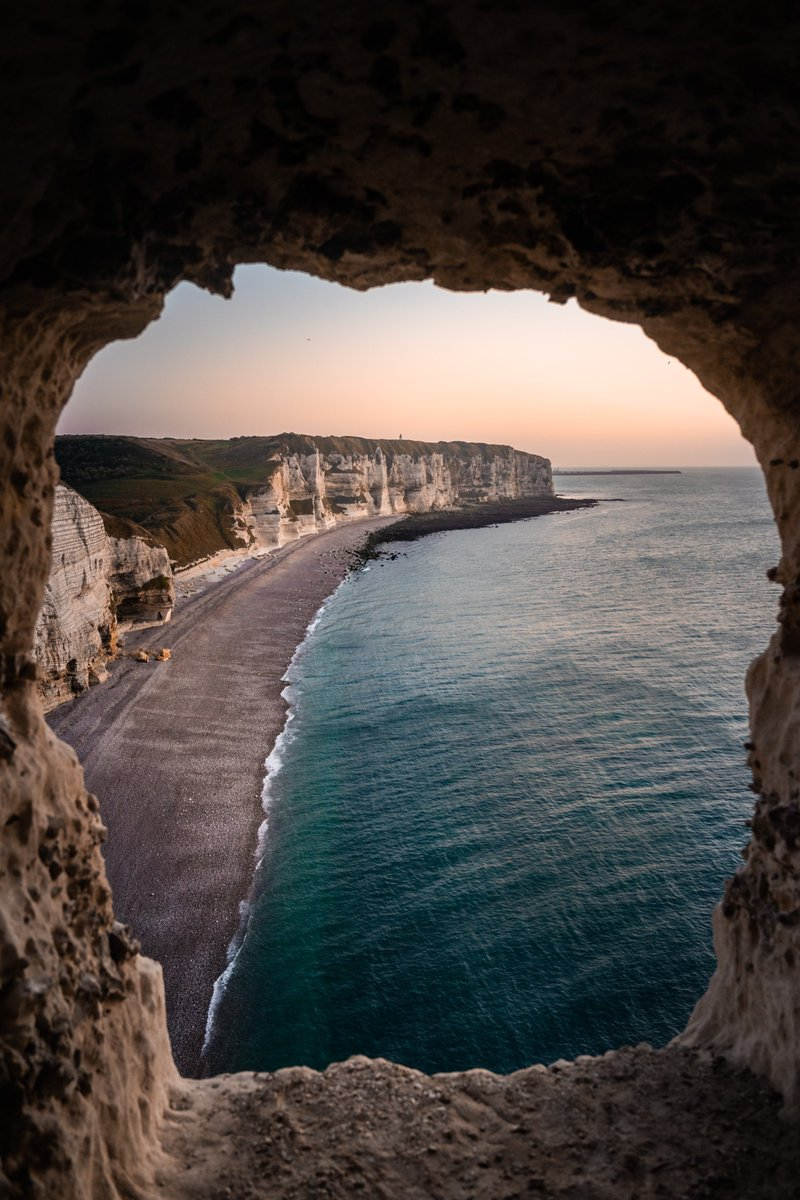 -An ocean breeze puts a mind at ease🔥 The Coast of Étretat 🌊 Normandy, France 🇫🇷  #France #Etretat #Normandy #Nature #Sea #Water #beach #spring #beautiful #NatureBeauty