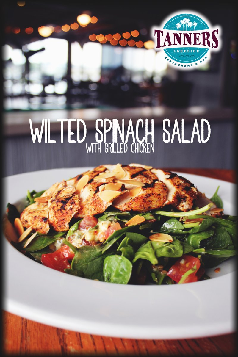 Looking for something fresh and on the lighter side??? Dig into our Wilted Spinach Salad! <br>http://pic.twitter.com/8QpdJRWvE9
