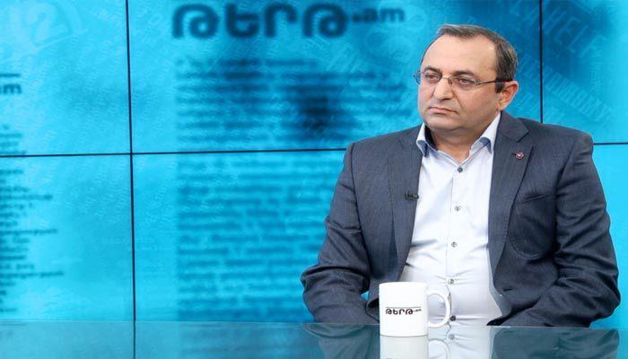 Artsvik Minasyan, ARF-D member Constitutional referendum plan 'amounts to a statecrime' https://gagrule.net/artsvik-minasyan-arf-d-member-constitutional-referendum-plan-amounts-to-a-state-crime/…pic.twitter.com/7D62dpVZlS