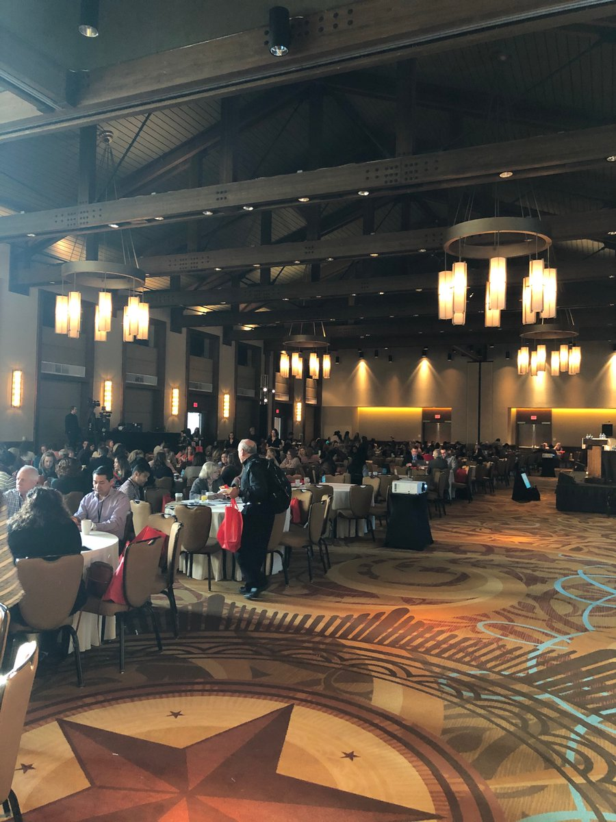 Getting ready to open this yrs Texas Collaborative for Health Mother's and Babies 2020 Summit.  Over 560 health professionals from all over Texas working together to improve birth outcomes! #TCHMB2020 @TexasDSHS @utsystem @texmed @acog @MarchofDimesCEO @TexasPQC @TXPeds @TXlege