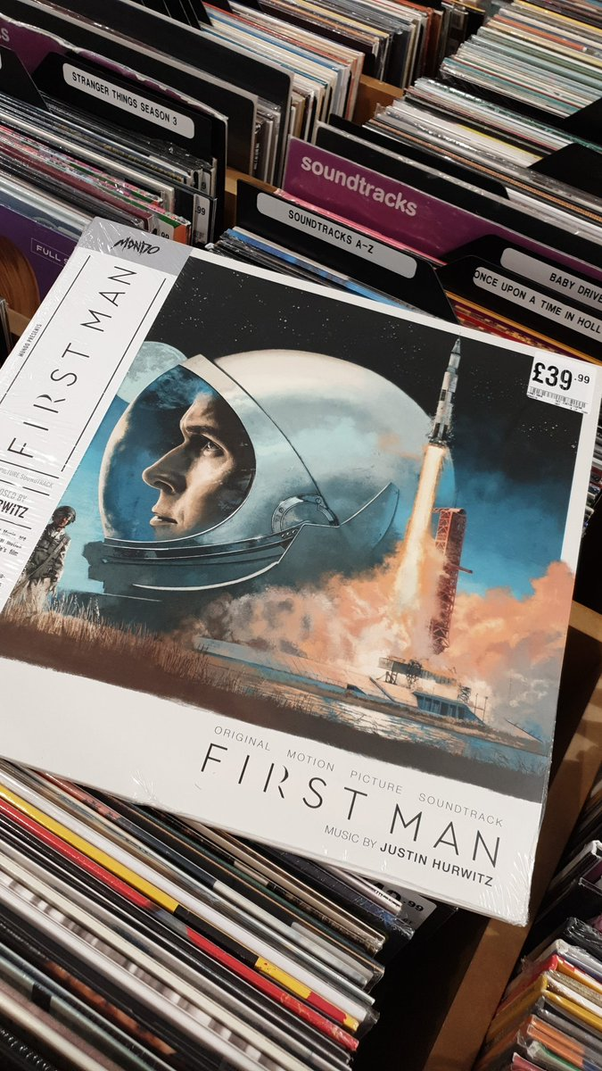 More #mondo vinyl in delivery today including this #FirstMan soundtrack   #VinyloftheDay #hmvLovesVinylpic.twitter.com/yKUoPgbB4f