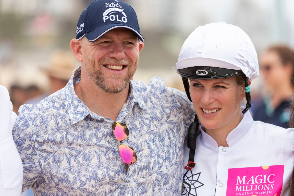 Olympic gold medallist Zara Phillips and husband Mike Tindall won't self-isolate after Italy trip  Read the full story https://bit.ly/2TozHFD   #zaraphillips #miketindall #olympic #gold #coronavirus #italy #skitrippic.twitter.com/N3b4bWjSCy