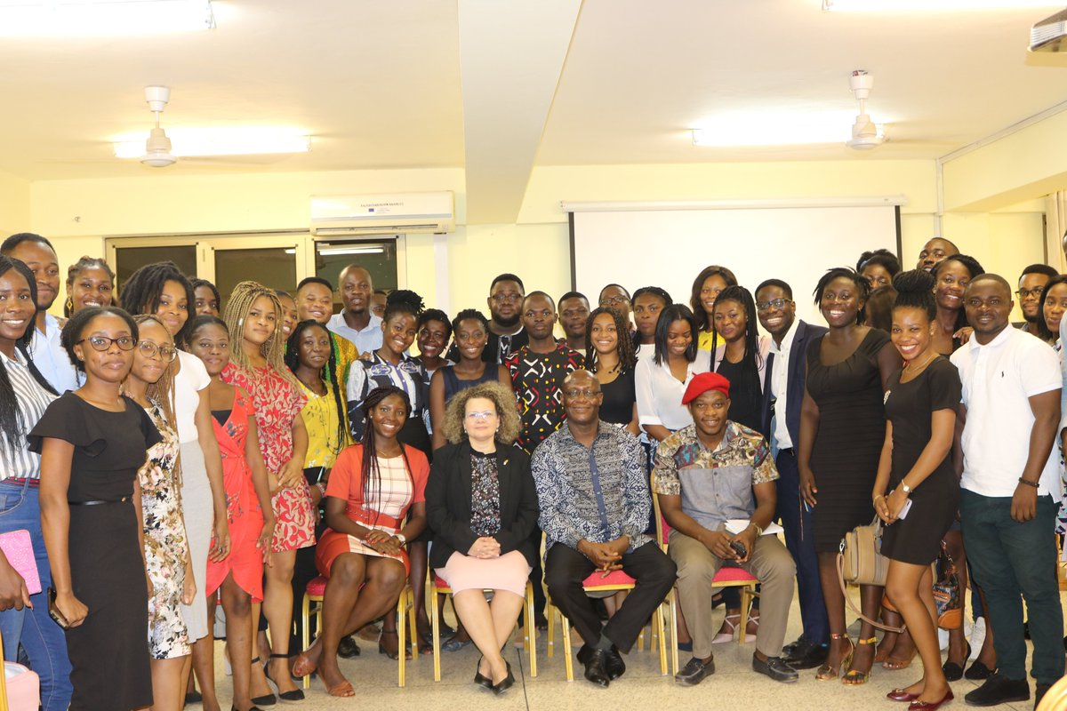 Israel In Ghana On Twitter Yesterday Am Shanicooper Had The Pleasure Of Being The Guest Speaker For The Weekly Diplomatic Communication Seminar At Leciadug Ambassador Cooper Interacted With The Students On The