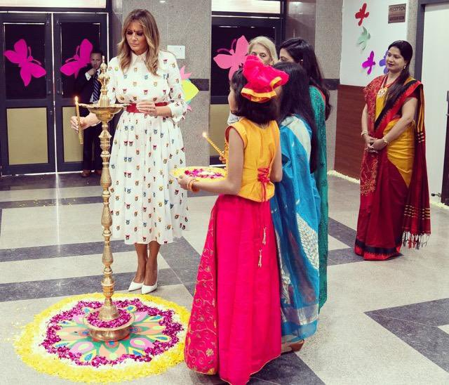 RT @FLOTUS: Thank you Sarvodaya School for welcoming me with the lovely Tilak & Aarti tradition! https://t.co/qRiKPE9rcS