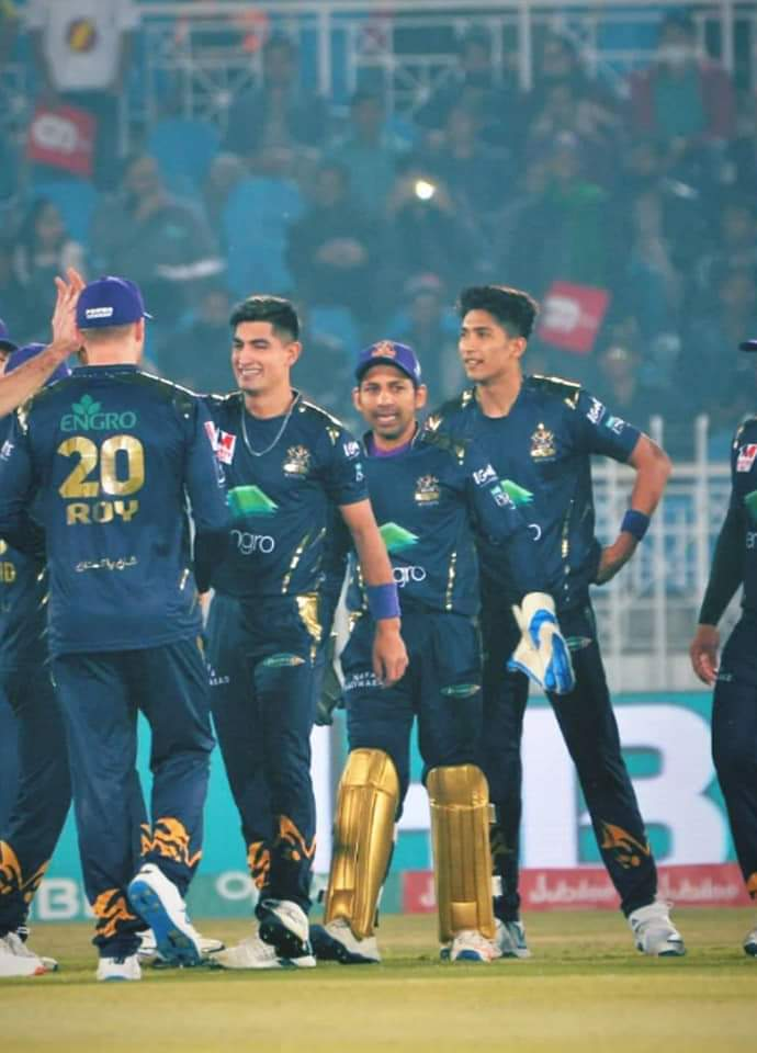Innings break!  Islamabad United set a target of 188 for Quetta Gladiators #PSL2020 #IUvQG<br>http://pic.twitter.com/HhXfWWrlch