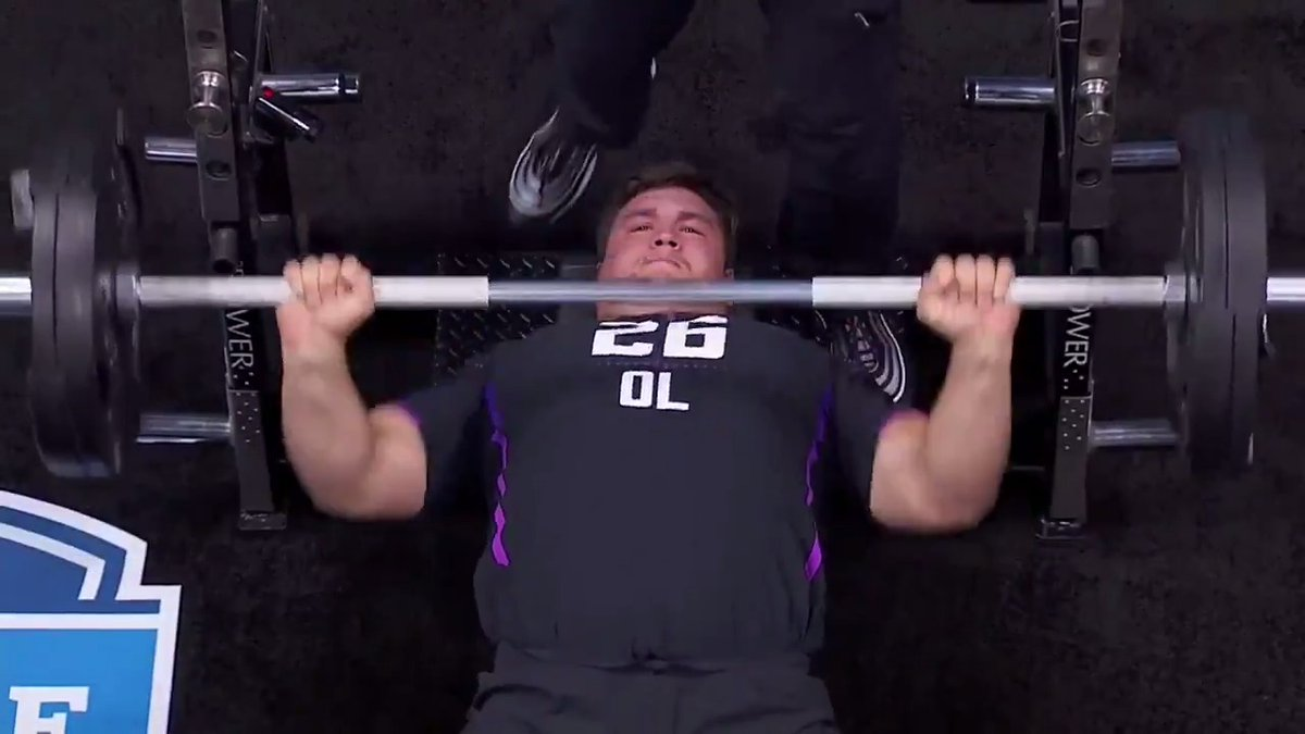 Image for the Tweet beginning: THIRTY FIVE bench press reps.