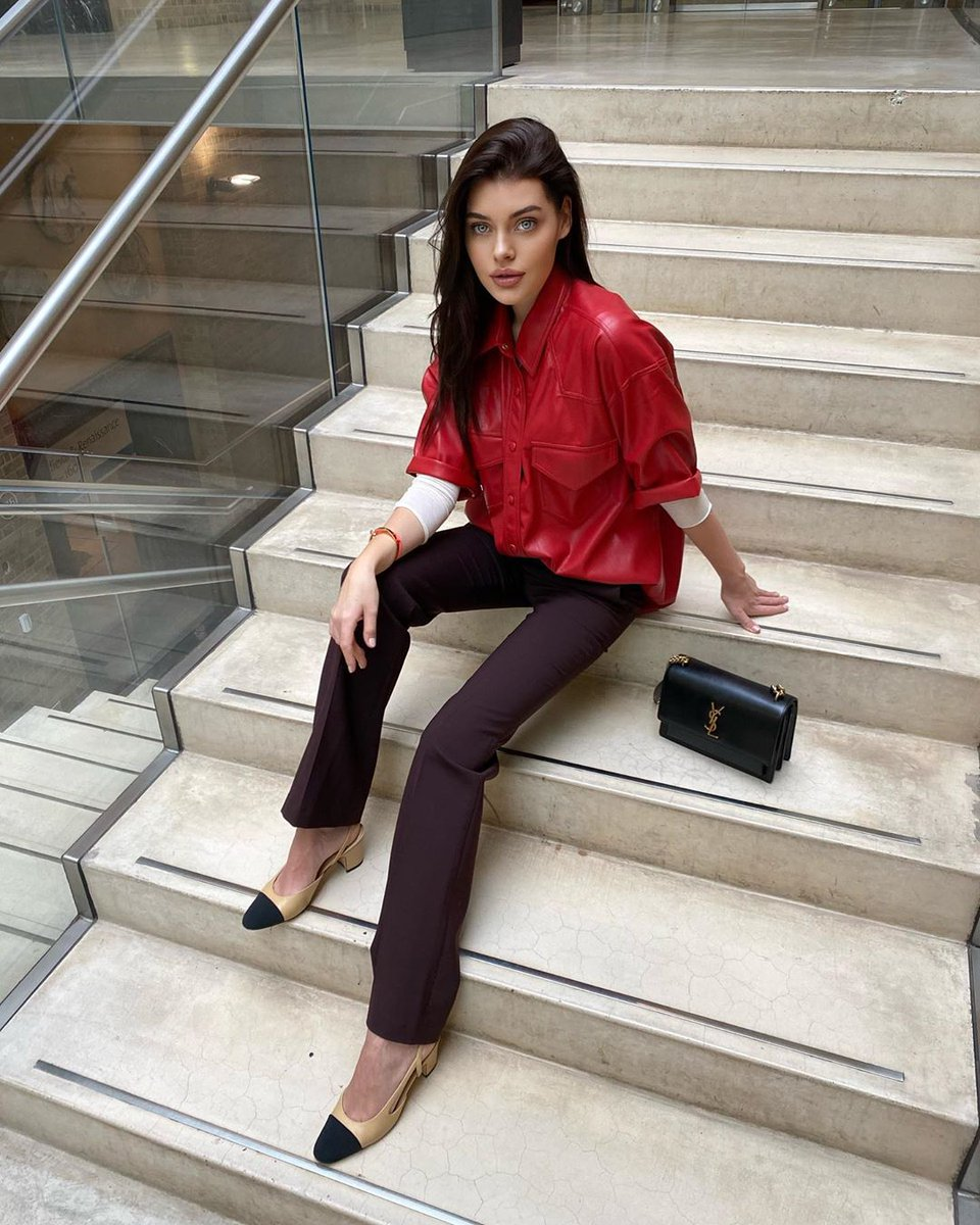 How do you style your suiting? Model & Influencer Liza Gulyaewa wears the Isabella City Suit Trousers >   #model #influencer #fashion #suiting #tailoring #streetstyle #ootd #love #shopping #style