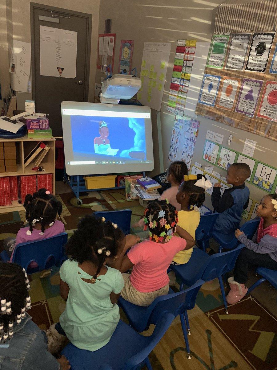 "Day 8- Sometimes a teacher has to catch up on ""teacher stuff"" & the kids need a movie day #Northrockstarz #MovieDay #PrincessAndTheFrog #9DaysofTwitterpic.twitter.com/mML4wmsjck"