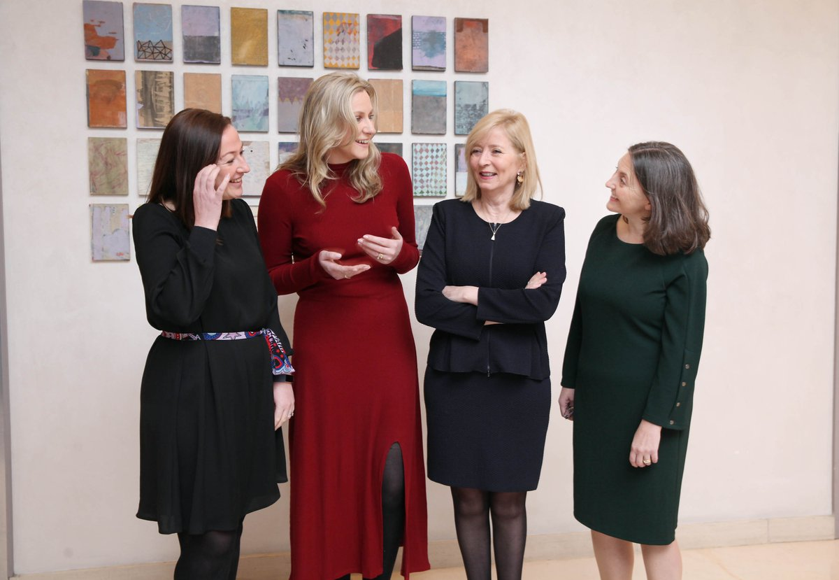 A big thank you to the excellent guest speakers who joined us for our #womeninleadership seminar. Our keynote speaker @EUombudsman admitted she has experienced 'mansplaining' during her time as Ombudsman, in Ireland and Europe. Read more in @IrishTimes http://bit.ly/2vnbmYx pic.twitter.com/KuG2rzH4xX