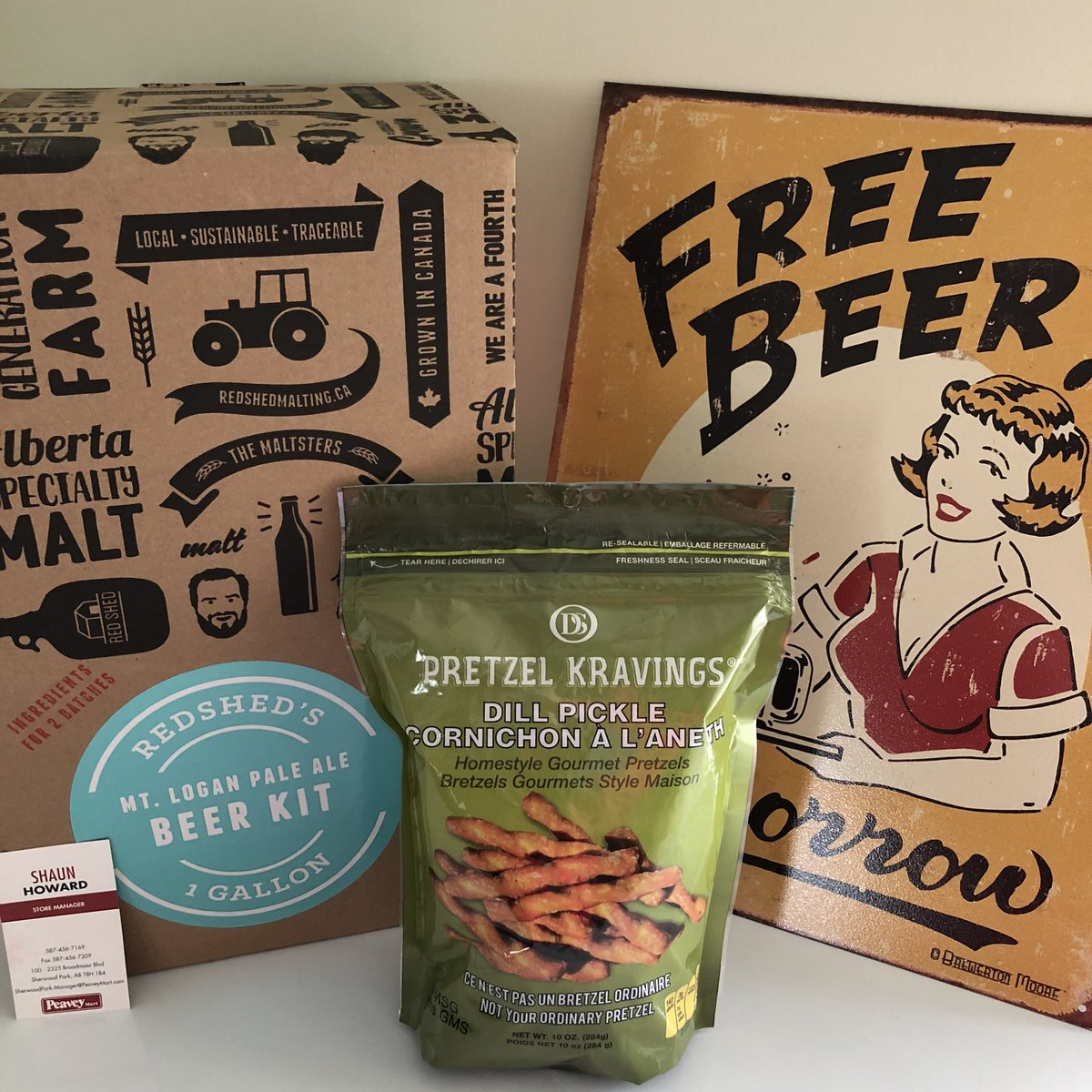 Beer and pretzels anyone?  Thanks @ItsShaunWithAu at the Sherwood Park Peavey Mart for thud great item. #OilersLiveCup #redlips  for #MoreMoments Feb 29.  http://bit.ly/OilersLiveCuppic.twitter.com/fdICBP2sCl