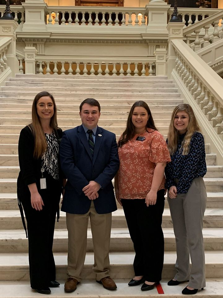 UNG has four students interning with the Georgia Legislative Internship Program!   Pictured L-R: Ashley, Avery, Lana, and Hayden. https://www.facebook.com/UNGcareerservices/photos/a.411897245492755/3372374436111673/?type=3&theater… #ung_psia #experiencemore #UNGleads #UNGpic.twitter.com/KMuMiBIObj
