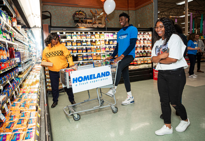 """Hami Helps Out at Homeland  🛒   """"I've gone through so much in my life... I just felt like that was a miracle that I'm up and even moving around."""" -Karen Garland  Full Story 