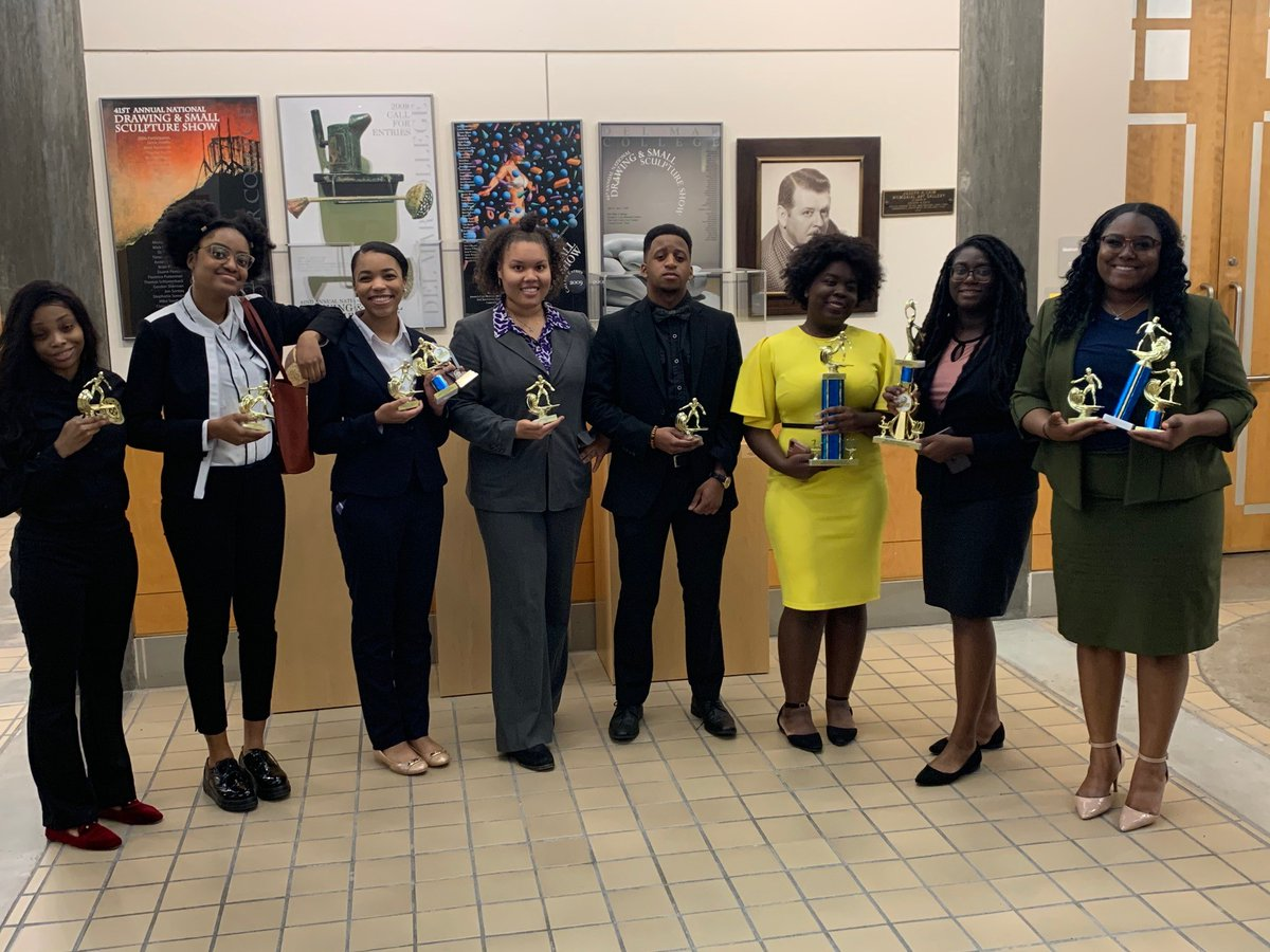 "And, its another victory! 🏆 #PVAMU students win in ""Speech on the Beach"" tournament. Read more here: pvamu.edu/blog/pvamu-stu…"