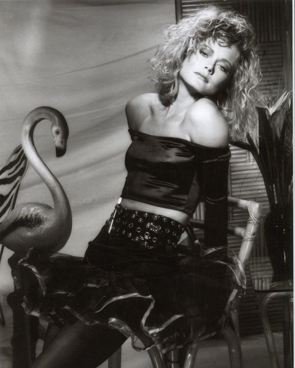 #ThrowBackThursday with an awesome #shoot of @ShereeJWilson   #photooftheday #photography #model #modeling #stunning_shots pic.twitter.com/uEtqzKmrIc