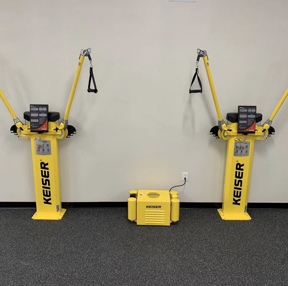 Did you know that you can customize the color of your #Keiser equipment? #GoodEnoughIsnt #functionaltraining pic.twitter.com/Q4PPVPO1Sn