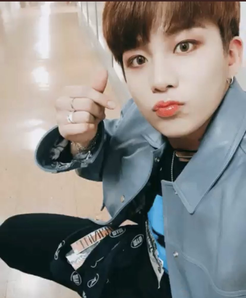 Jongho Best beautiful boy!  #GetWellSoonJongho @ATEEZofficial #ATEEZ #에이티즈pic.twitter.com/eUgD2eOZ4z