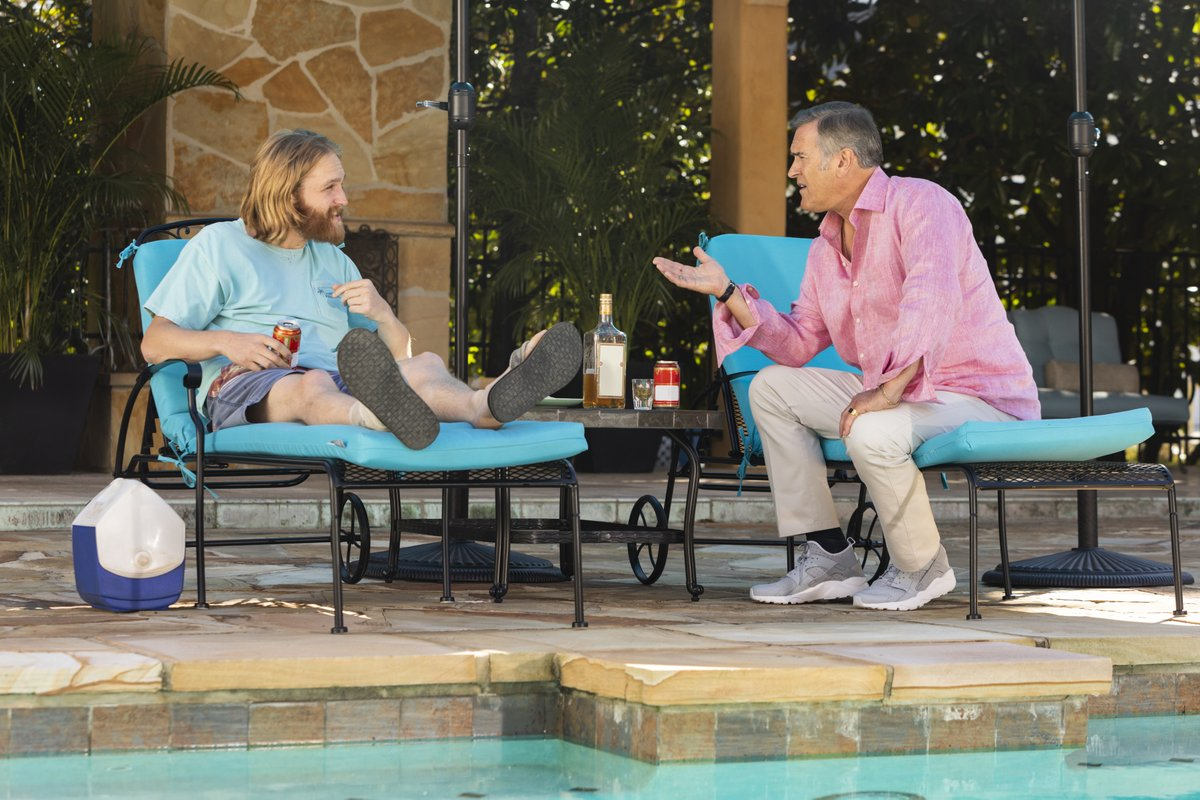In today's edition of the @Lodge49 Rewatch, @JohnEBetancourt explores how 'Something from Nothing' reminds us how validation and kindness can do wonders for the healing process! #Lodge49 #Lodge49Forever #DrynxWithLynx