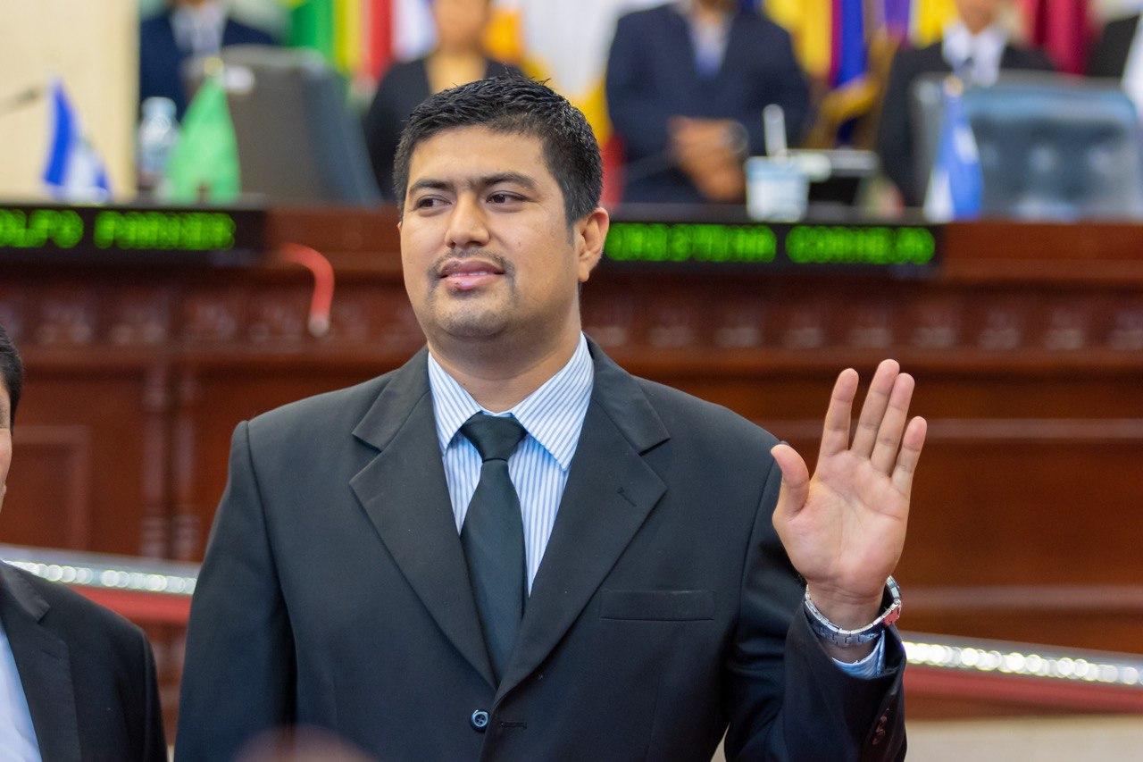 No hay pacto para favorecer a Norman Quijano en proceso de desafuero