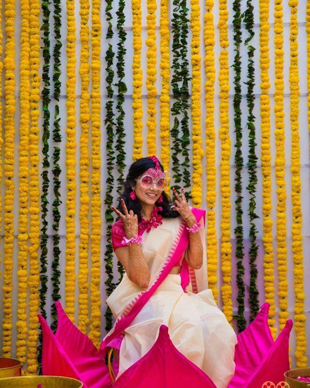 The Beautiful Bride Story #Picxco #WeddingVows #Pellikoduku #Pellikuthuru #Bestweddings #Besttimes #Wedding #IndianWedding #ColorfulWedding #MastiwithCousins #Hungama #GroomToBe #BestIndianWedding #bridetobe #HyderabadWedding #TeluguWedding #BandB… https://ift.tt/2HYQOs8pic.twitter.com/ZN91bqRWiG