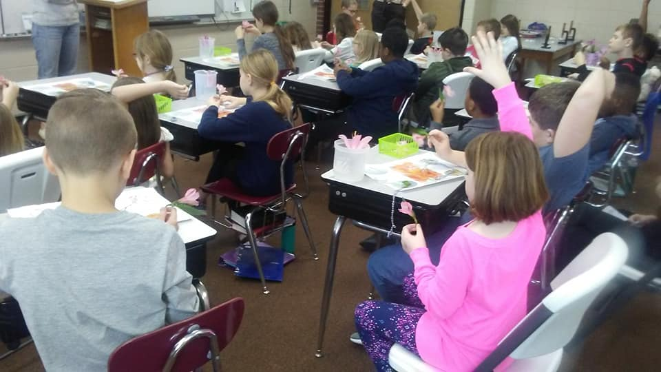 3rd and 4th enjoyed a presentation from the Chicago Botanic Garden! #ilschargers<br>http://pic.twitter.com/lNQfFmheFq