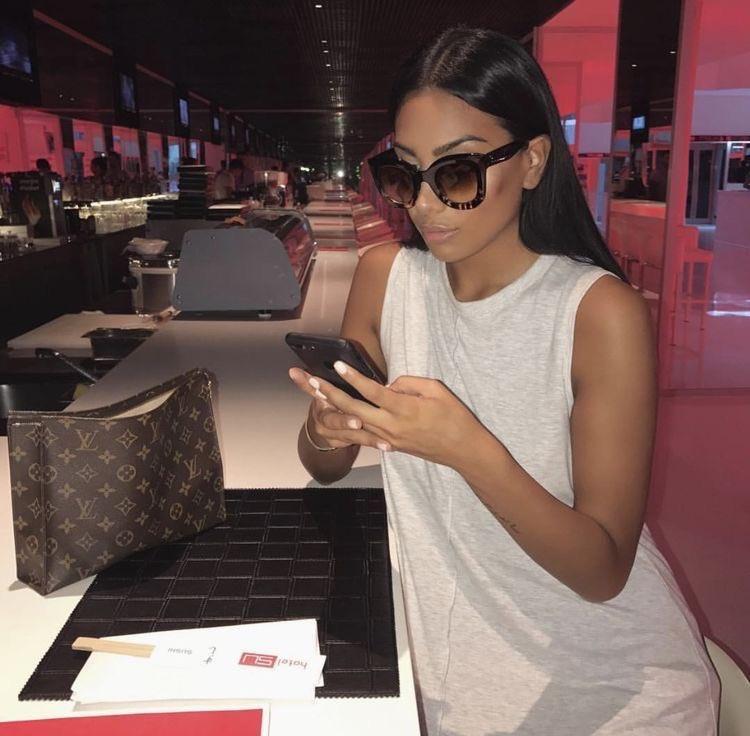 #blackwomen #blackbloggers #blackgirlmagic #blackexcellence #blackwealth #luxuryblogger #luxury #luxurylifestyle #luxurylife #casualstyle #fashion #explorepage #explore #explorerpic.twitter.com/iwbfBRp3x1