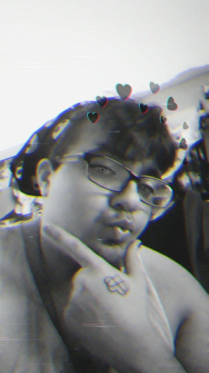 #filterhappy #emonerdfanboy post 4 lol https://t.co/2xU1pGmMcM