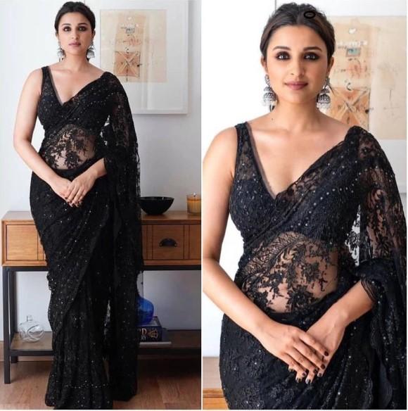 Parineeti Chopra Designer Saree  Get Beautiful #CelebrityWearSaree Now!  Shop Now At : https://bit.ly/2IDFamN  #BollywoodWearSaree #DesignerSaree #SilkSaree #BanarasiSaree #DesignerSilkSaree #PartywearSaree #BridalSareeCollection #NetSareepic.twitter.com/o4DsfYL0o9