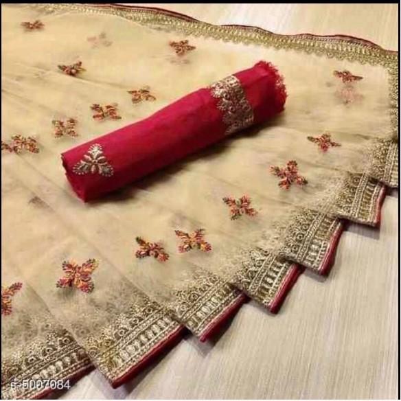 Soft Banarasi Silk Saree | SALE4FASHION  Beautiful traditional patterns on the border and all over weaving on the Saree.  Shop Now At : https://bit.ly/2wJWm7w  #DesignerSaree #SilkSaree #PartyWearSaree #BollywoodWearSaree #BanarasiSaree #BridalSareepic.twitter.com/STBsJG1kx6