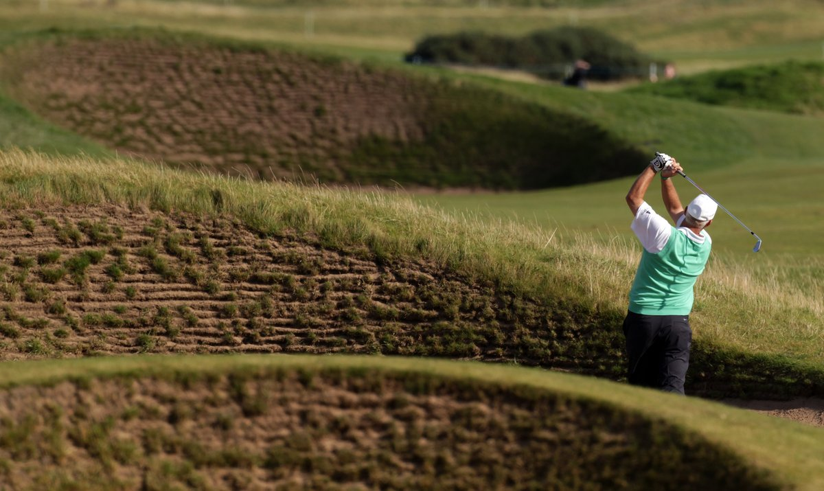 112 ways to get into trouble...but which of the three #dunhilllinks courses has this many bunkers?