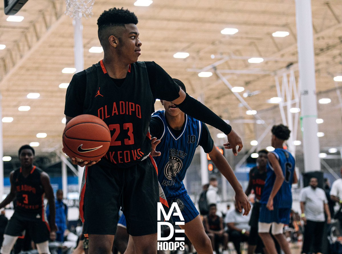 """2024 6'3"""" F DJ McWilliams (Mitchellville, MD) was a beast for Team Takeover Oladipo during #Lea8ue play. Look for him to grow into one of the more dominant 🏈 prospects in the DMV. #CreateYourName https://t.co/fGp6vmBgVV"""