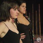 Image for the Tweet beginning: Concentración. Circunstancias.  📸@laradelajunglaphotos @laratc7 @lauramozun @nataliabperalta  #actriz #actress #teatro