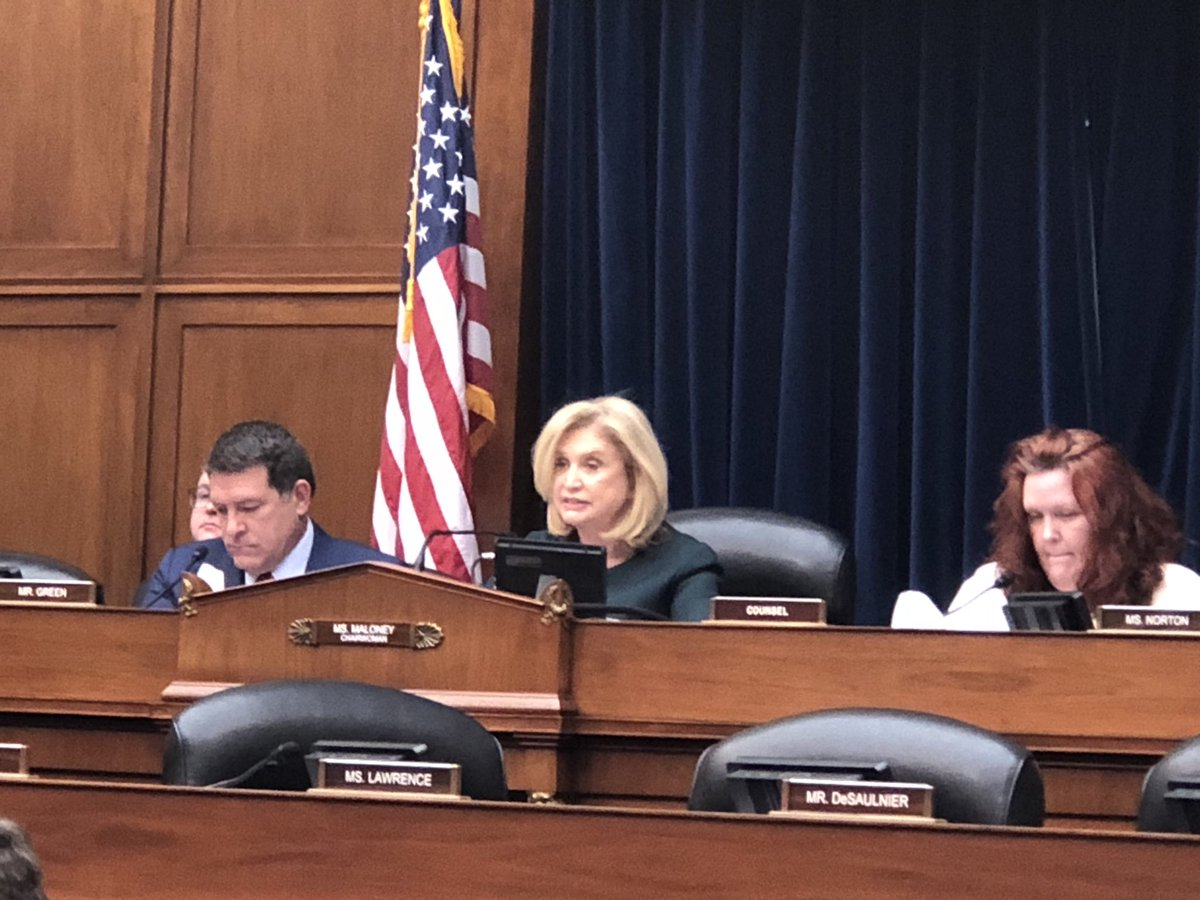 """House Oversight Chairwoman Maloney says Trump has called their #coronavirus witnesses to come to the White House for """"an emergency meeting"""". She says she was told it was """"extremely urgent, """" therefore schedule will be truncated and witnesses will be dismissed at 11:45am. https://t.co/ECPR5THFTE"""