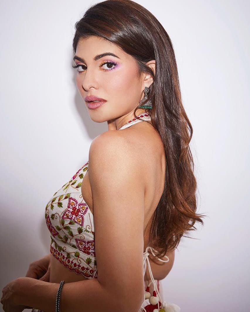 Replying to @MeKaran13: Drop Dead Gorgeous 😍  Queen @Asli_Jacqueline    #JacquelineFernandez #Jacqueline